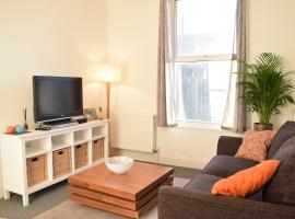 Foto di Hotel: 1 Bedroom Apartment in Putney near the Station