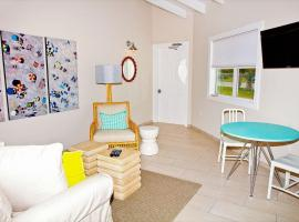 Hotel photo: Cape Eleuthera Resort & Marina