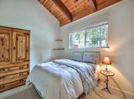 Hotel photo: Cozy Tahoe Cabin Heavenly & Lakefront