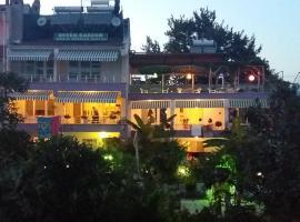 Фотография гостиницы: Kumbağ Green Garden Pansiyon