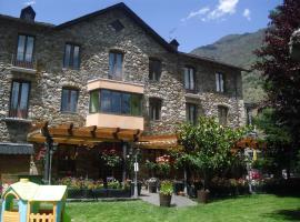 Hotel Photo: Hostal Vall D'Aneu