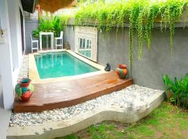 Hotel photo: Tiga Kelapa Villa