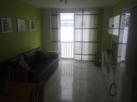A picture of the hotel: Apartamento lima