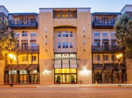 Fotos de Hotel: Global Luxury Suites at San Fernando Street