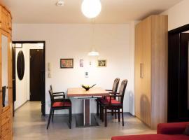 Hotel photo: 2-Room Apartment Rennweg