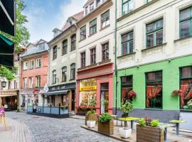 Hotel Photo: Doma square Penthouse, in the heart of Old Town