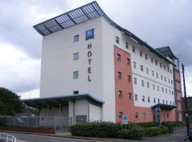 A picture of the hotel: ibis budget Newport