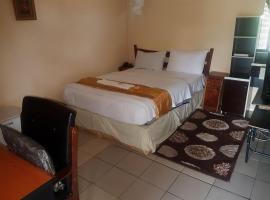 Hotel photo: Skyways Guest House