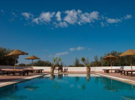 A picture of the hotel: Maison dˋHôte Domaine El-Manar