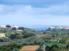 Hotel photo: Entire spacious house in Gozo - Lucy House
