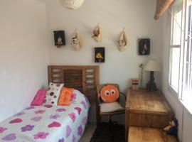 A picture of the hotel: habitacion universitaria en malaga