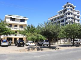 A picture of the hotel: Dolphin Hotel