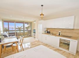 Fotos de Hotel: PROMENADE HOLIDAY - COSY SEA FRONT STUDIO
