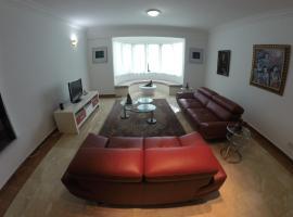 Hotel photo: Corinthian Appartment