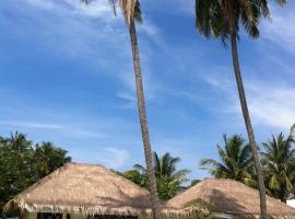 Hotel Photo: Laemsing Whitehouse Resort