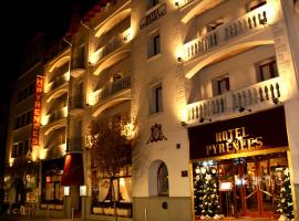 A picture of the hotel: Hotel Pyrénées