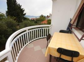 Hotel Photo: Apartment Gradac 6820d