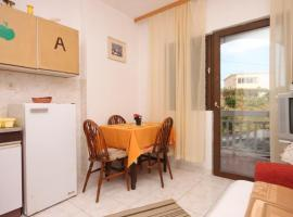 Hotel Photo: Apartment Gradac 6820c