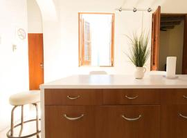 Hotel photo: 207 San Fran Penthouse