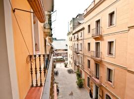 A picture of the hotel: Barceloneta Apartments Market