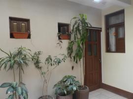 A picture of the hotel: La Casa de Gloria