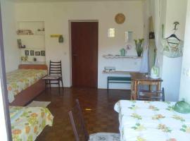 Hotel photo: Studio Stari Grad 14888b