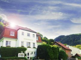 Hotel photo: Hotel Garni Haus Sonneneck