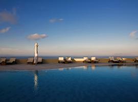 מלון צילום: The Majestic Hotel