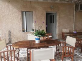 Hotel photo: Lora Plaka Rooms