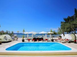 Hotel photo: Double Room Zadar - Diklo 5920h