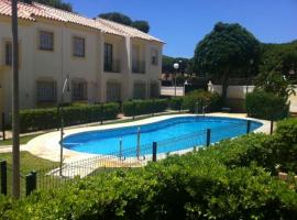 A picture of the hotel: playa la barrosa