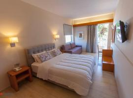 Hotel Photo: Antikyra Beach Hotel