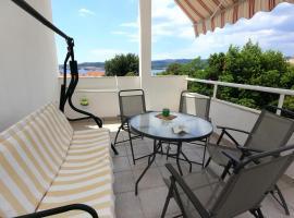 Hotel photo: Apartment Kuciste - Perna 10154a