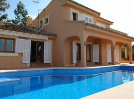 Hotelfotos: Splendid finca in Alcudia with pool