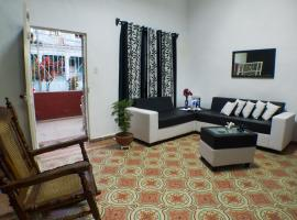 A picture of the hotel: Ariel & Zulay Homestay