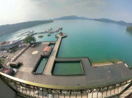 מלון צילום: Ming Yue Hu Hotel
