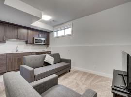 מלון צילום: Lower Suite Apartment #33 Sunalta Downtown