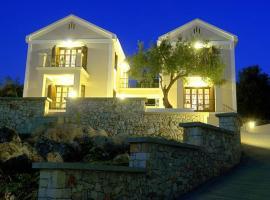 Hotel photo: Adastra Ithaca Luxury Suites