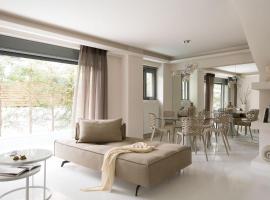 Hotel Photo: Elaia Luxury Condo Glyfada