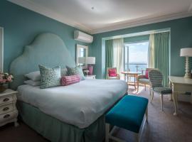 Hotel photo: Roslin Beach Hotel