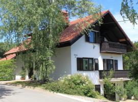 Hotel photo: Apartment Countryside Kolpa-Bela krajina
