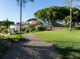 Hotel photo: Quinta Geraldo House - Quinta do Lago Area