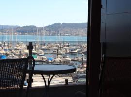 호텔 사진: PISO EN COMBARRO A 1º LINEA DE COSTA