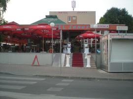 Hotel near 普里耶多尔