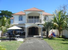 A picture of the hotel: Guest house Salfarlie Family Residence