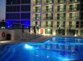 Hotel photo: We Hotel Acapulco