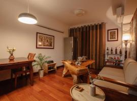 Hotel photo: Open Type Wooden Apartment