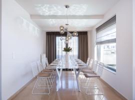 A picture of the hotel: Elaia Luxury Apartments Glyfada