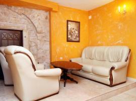 Hotel photo: Triple Room Trogir 2979k