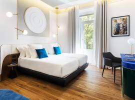 Hotel Photo: One Shot Fortuny 07